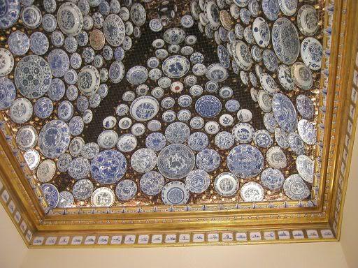 Tecto com pratos- Palácio do Marquês de Abrantes - Embaixada de França -Lisboa -Portugal