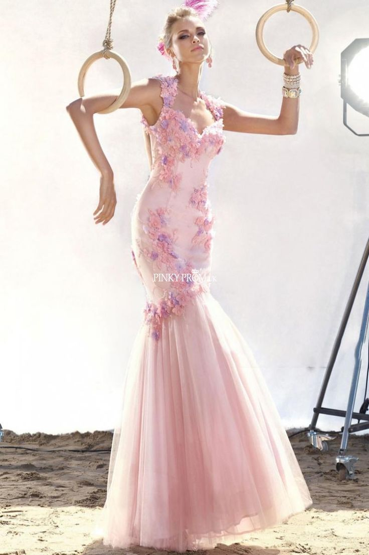 Mejores 100 imágenes de Pink, Blush Wedding Dresses & Non - white ...
