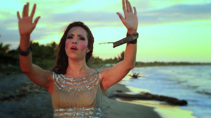 Jennifer Salinas - Eres Santo (OFICIAL)