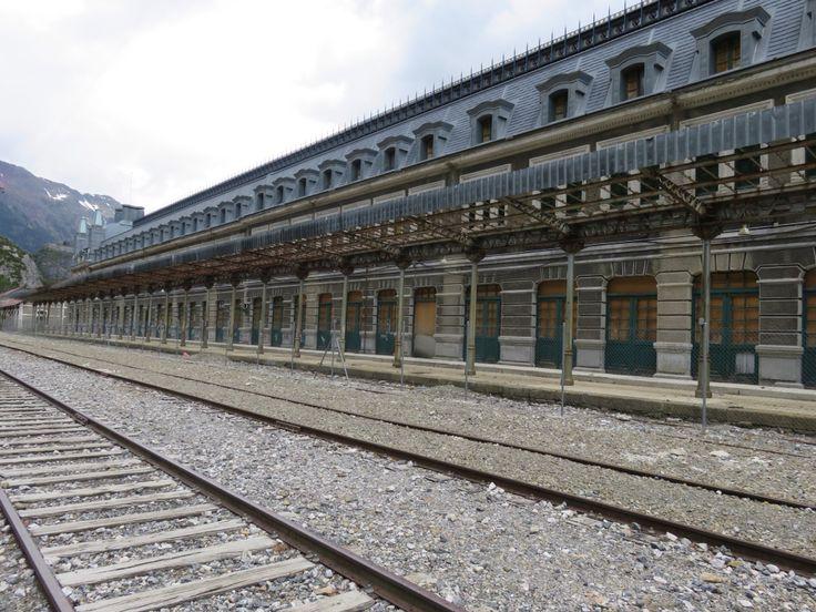 Canfranc Railway Station. Camino Aragonés