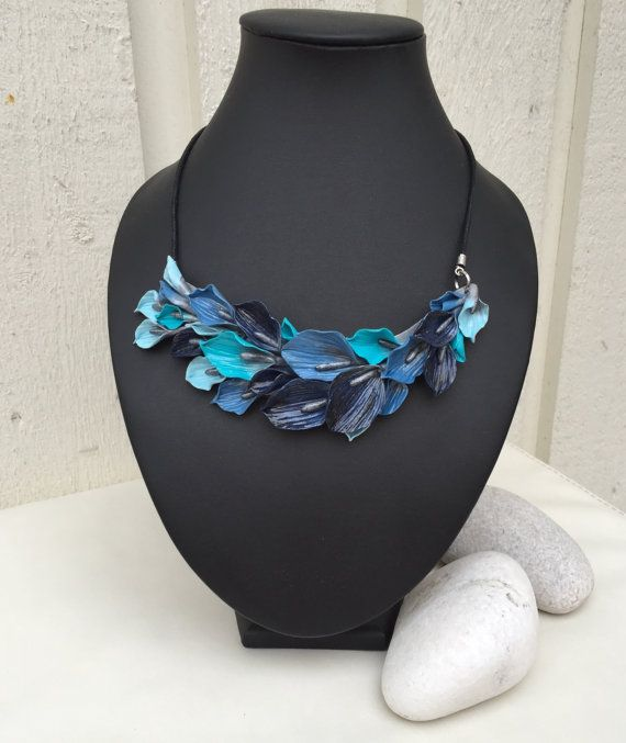 Blue Lilies Jewelry -set (Necklace & Earrings), Polymer Clay Jewelry, Floral Necklace, Polymer Clay Necklace, Necklace for Women, Flowers
