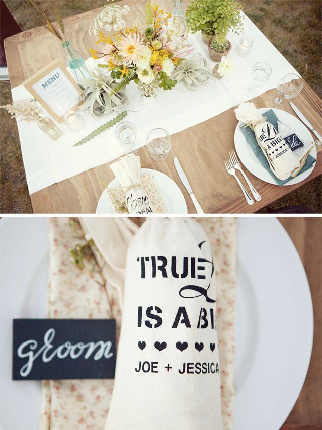 ...Farms Wedding, Farm Wedding, Succulent Wedding, Wood Tables, Wood Blocks, Gorgeous Flower, Picnics Tables, Flower Centrepieces, Floral