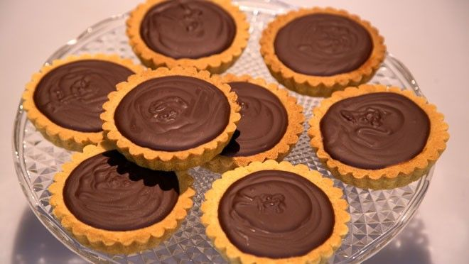 Bretonse amandel-chocoladegebakjes - Rudolph's Bakery   24Kitchen