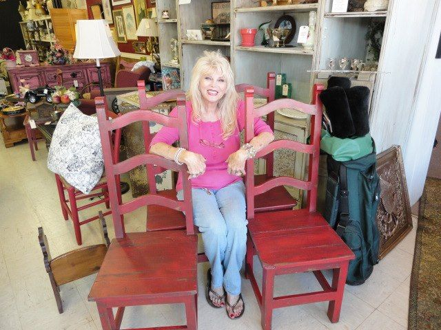 Owner Jackie At Upscale Thrift Sherman Texas
