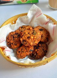 Crispy Masala vada - South Indian tea time snack recipe using chana deal and spices