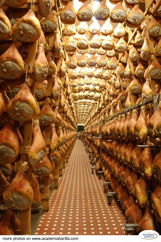 Prosciutto di Parma is made by rubbing and massaging the hind legs of pork with an amount of salt proportionate to the weight of the meat. After the ham has been salted, it is washed, dried and left to age in aging rooms for a period of 10 to 12 months. To learn more about it have a look to our dedicated page Parma Ham