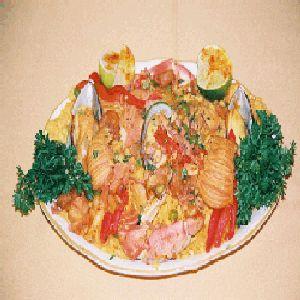 Best Cuban Recipes! Scrumptious Paella estilo Cubano!