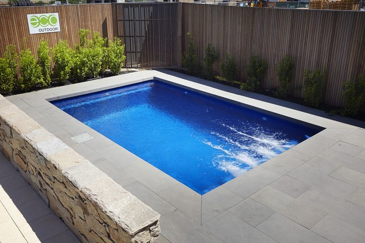Fibreglass plunge pool barrier reef pools perth for Garten pool 2 5m