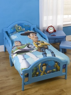 Toy story bedroom decor! There's the blue for toy story theme!! Wyatt's room!