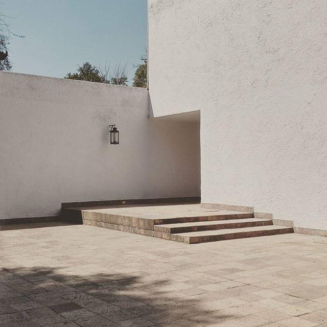 #barragan #cuadrasancristobal #architecture #arquitecturamx #mexico #modern #archilovers #archiporn #arquitectura