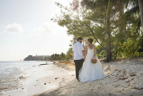 Shaylene & Kyle - Sandos Caracol Eco Resort - Mayan  Photos by Just for Kix Photography