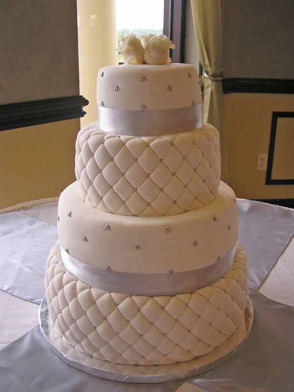 Quilted wedding cakes, Chocolate fondant and Wedding cakes on ...