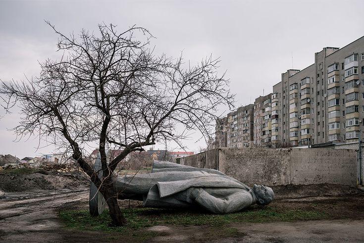 Ucraina, i Lenin rottamati