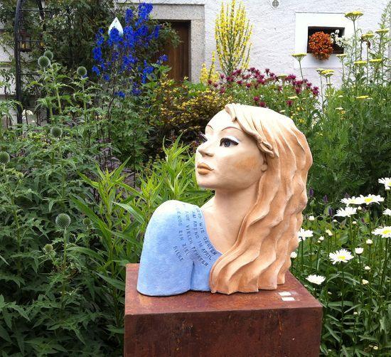 21 besten gartenfiguren bilder auf pinterest keramik for Gartenfiguren aus keramik