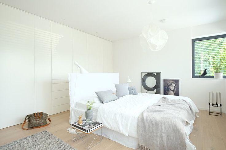 46 best haus images on pinterest half bathrooms bathroom and master bathroom. Black Bedroom Furniture Sets. Home Design Ideas