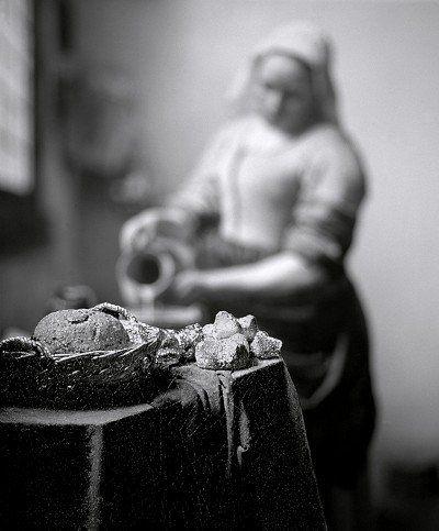 The Maidservant, from the series After Vermeer Photo: Paul Kilsby #vermeer #paulkilsby #nickyakehurst