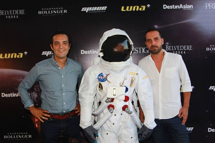 #Lunafriends #Spacechampagne&caviar #launch #party @YassineOuldammar @Luna2 #friends #Seminyak #Bali