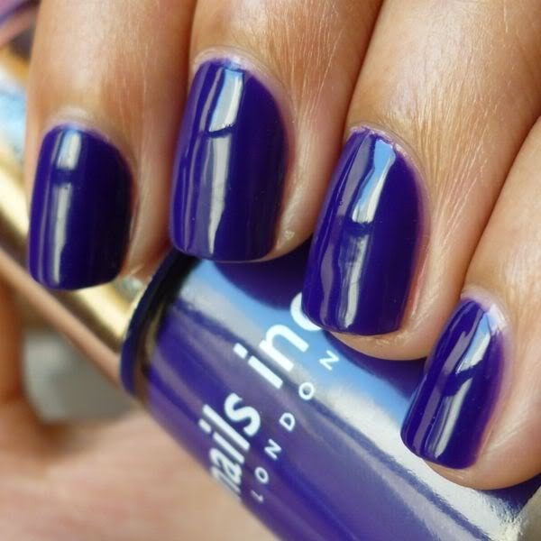 Nails Inc Belgrave Place | #EssentialBeautySwatches | BeautyBay.com