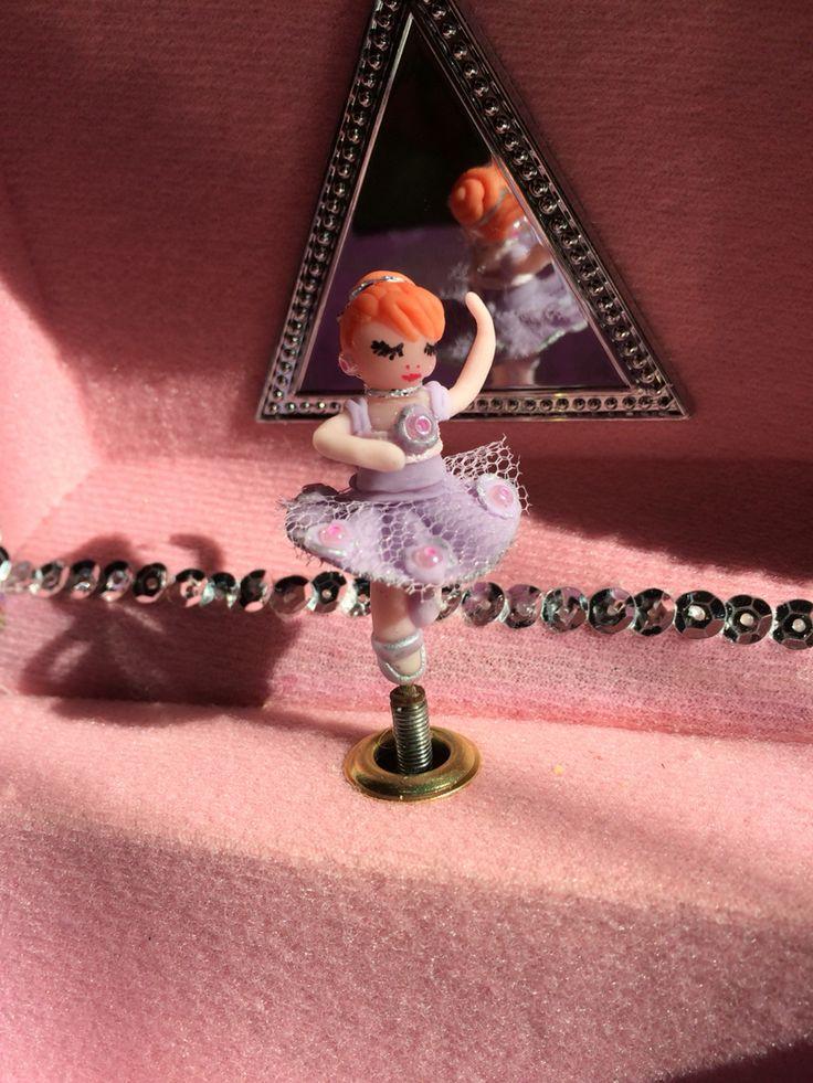 Ballerina in pasta di mais x carillon