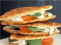 Sandwichs cuits au four @ Le L de Liza  Du lundi au vendredi, de 11h30 à 15h30 14 rue de la Banque, Paris 2e