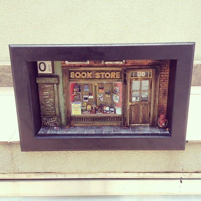 Miniature street - Bookstore 1:18 Instagram Photo