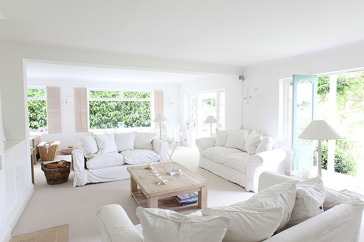love this white... summer home