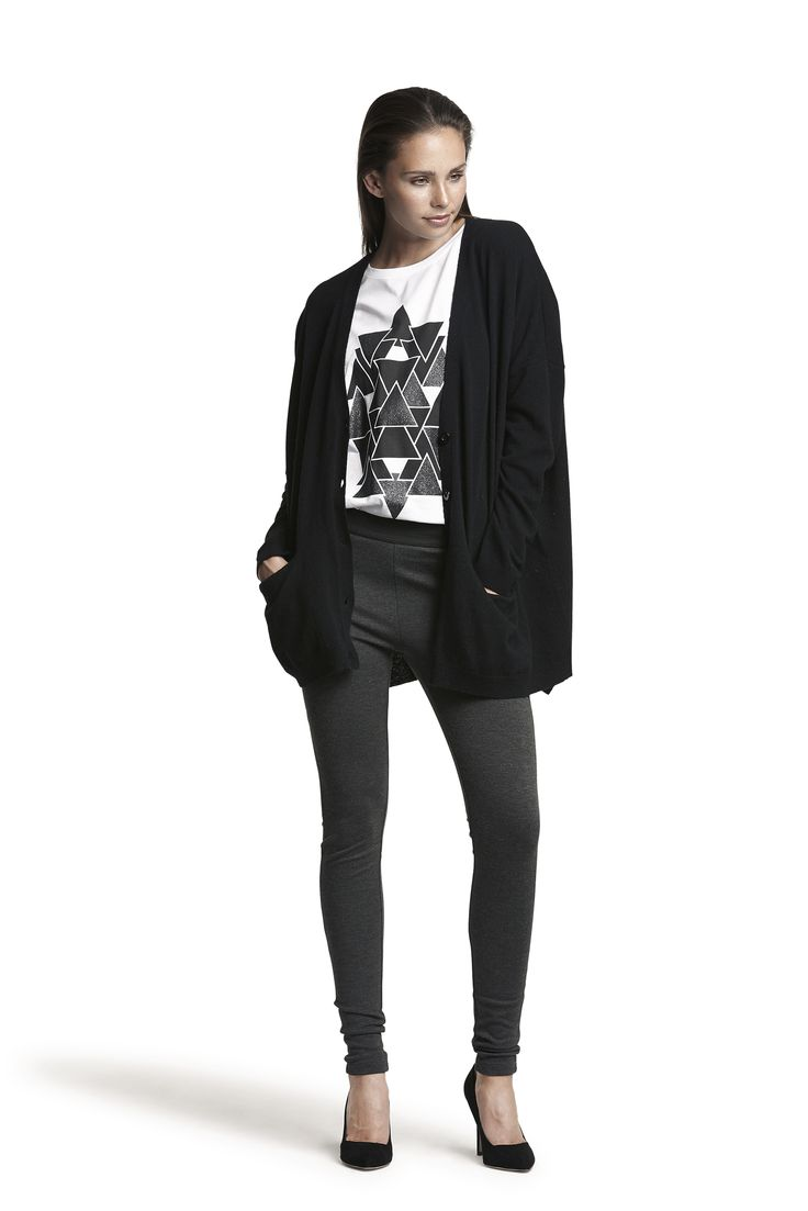 Ghita knit wool cardigan, Glady tee and Action jersey leggings #grey #black #white #relaxed #fashion #beautiful #cosy #warm #AW15
