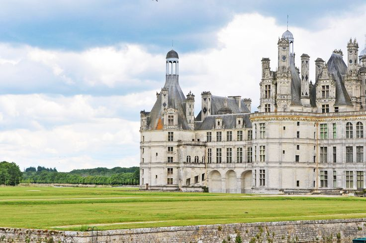 12 gorgeous ch teaus to visit in france s loire valley