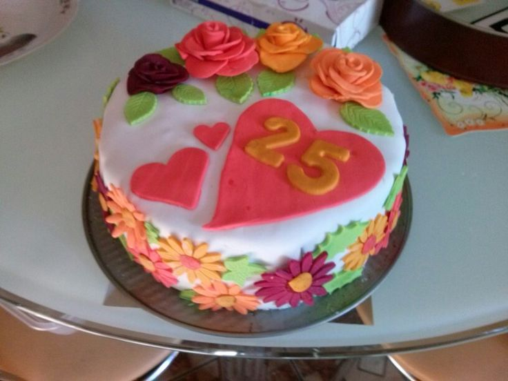 Tort z okazji 25-lecia ślubu.