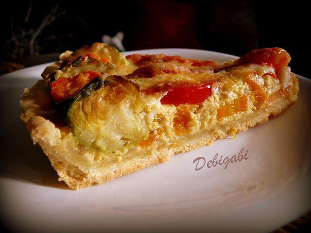 Vegyes saláta: Kelbimbós-sárgarépás-paprikás quiche