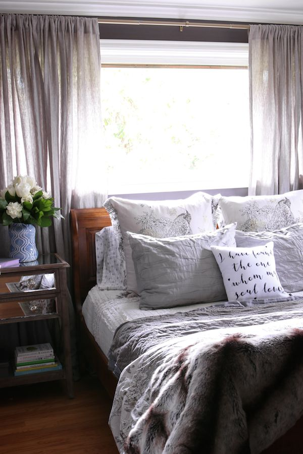 Plum Bedroom Decorating Ideas Awesome Decorating Design