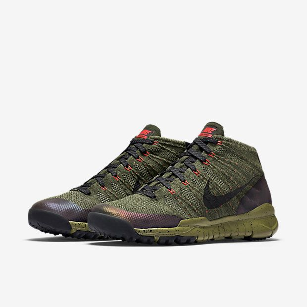 Nike Flyknit Chukka SneakerBoot Men's Shoe