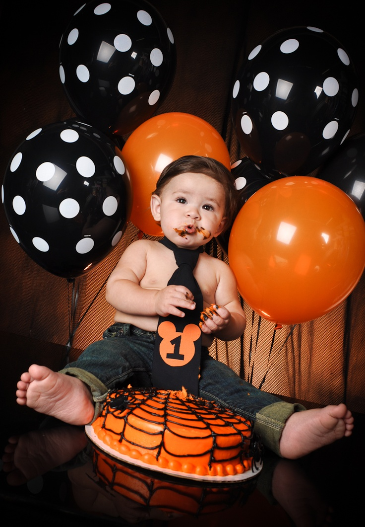 mickey mouse halloween first birthday picture pinning for later - Halloween Birthday Party Ideas