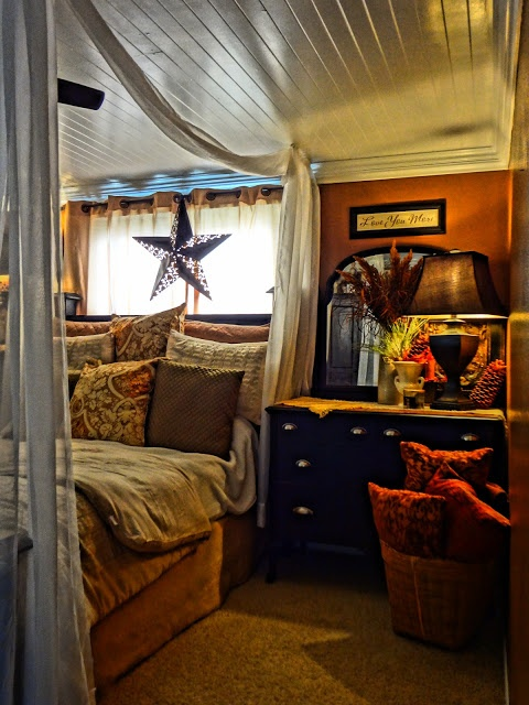 25+ Best Ideas About Faux Canopy Bed On Pinterest