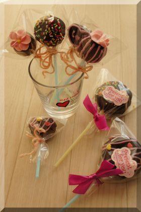 「【バレンタイン】 ワッフルのロリポップ♪」cherry♪   お菓子・パンのレシピや作り方【corecle*コレクル】