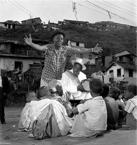 Carnaval na favela Jean Manzon, circa 1954