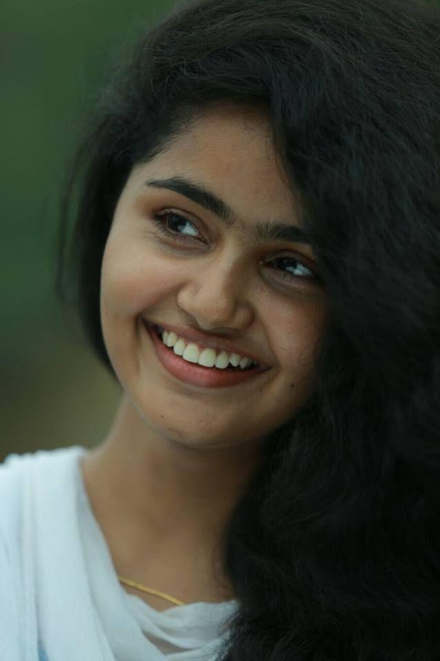 Anupama parameswaran cute photos g pinterest for Fresh face photography