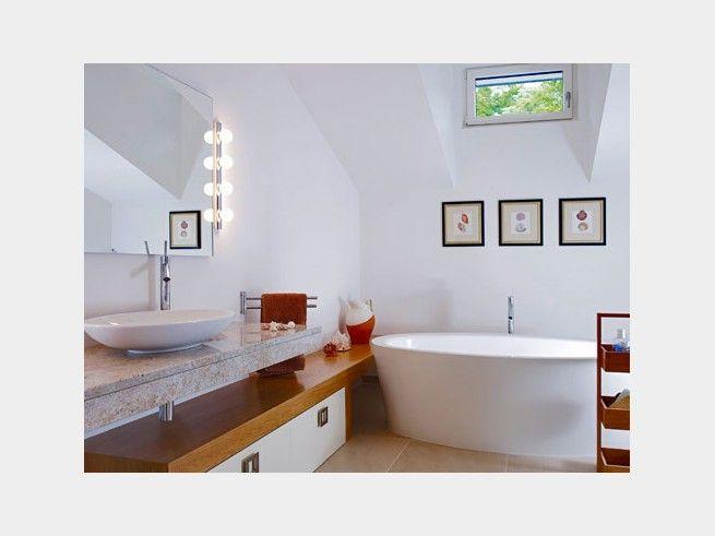 Marmor Im Badezimmer? Passt Hervorragend In Das Helle ZImmer Und Hält Dank  Seiner Robustheit Dem