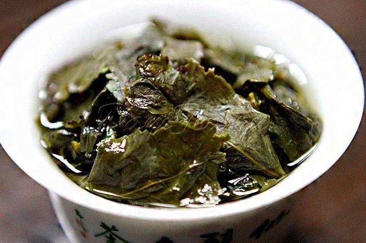 Тегуаньинь - чудесный чай Тегуаньинь (кит. трад. , упр. , пиньинь: tieguanyin, юэ иер. , транскр. tit3 gwun1 yam1, юж.-миньск. Thih-koan-im) — «железная Гуаньинь», полуферментированный...