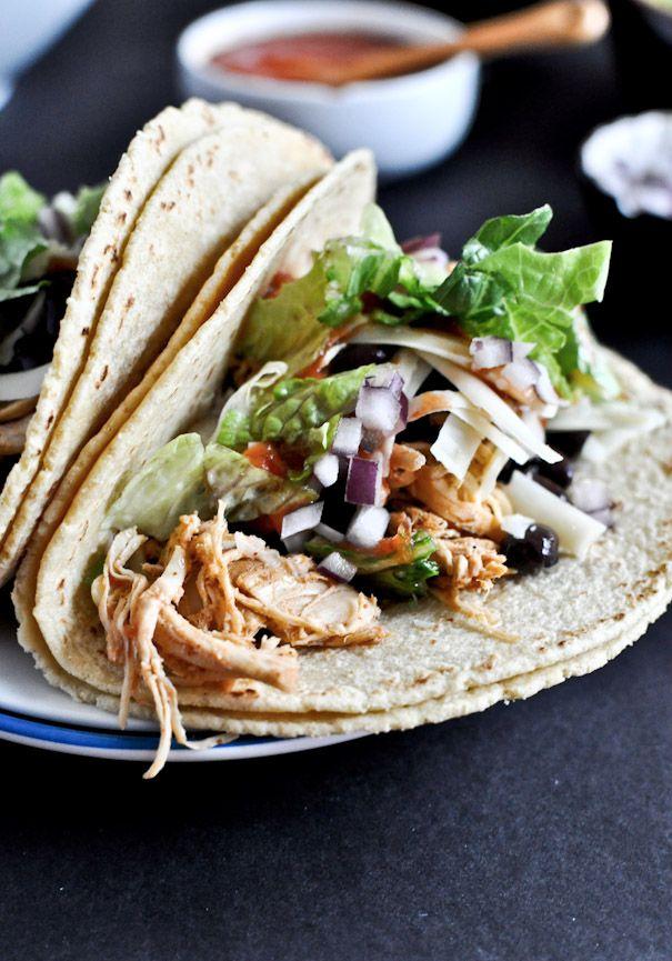 Crockpot Cheddar Beer Chicken Tacos | howsweeteats.com