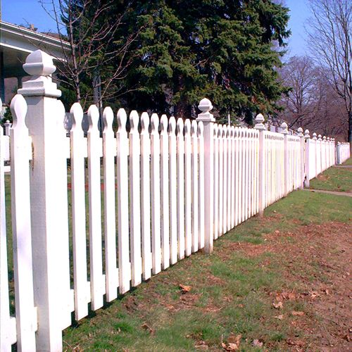 Fence Pictures: Fence Pictures: Modified French Gothic Picket Fences
