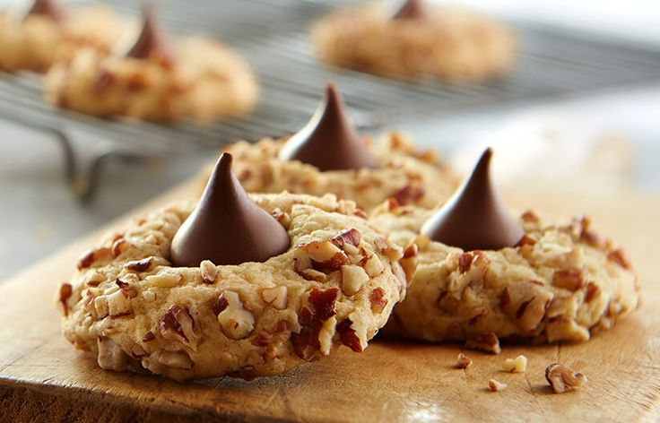 Hershey's Kitchens | kisses-butternut-blossoms