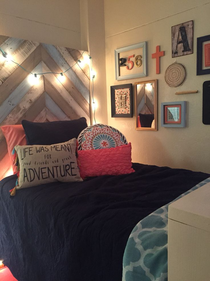 Adorable college dorm room at Harding University-- Coral, Navy, turquoise