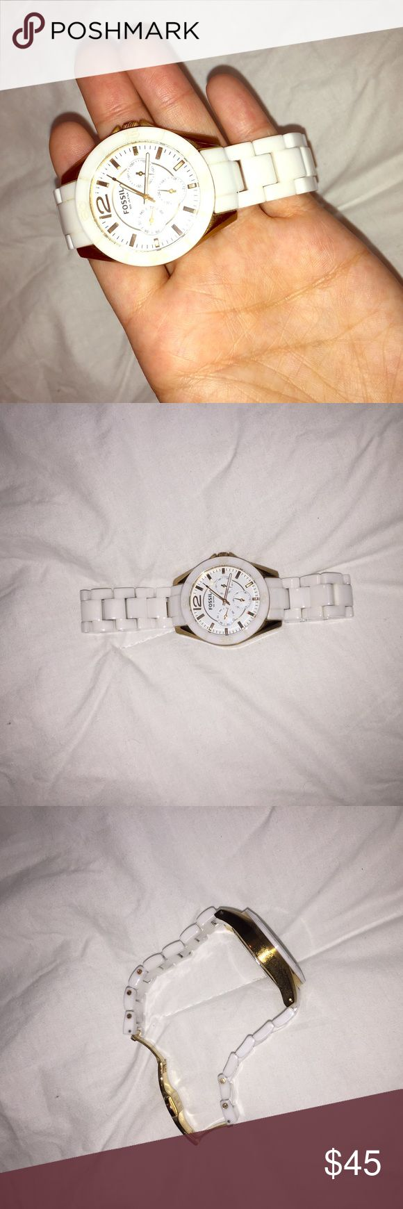 Fossil watch White with gold. Battery needs replacing Fossil Accessories Watches