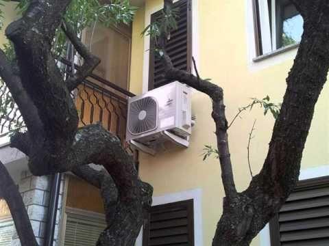 Klimatske naprave, Inštalacije in servis, GUNJAC d.o.o ,  Koper   Capodi... - Nudimo vam kvalitetne klimatske naprave MITSUBISHI HEAVY INDUSTRIES LTD, MITSUBISHI ELECTRIC, DAIKIN TOSHIBA IN CARRIER, plinske peči ter toplotne črpalke. Opravljamo tudielektroinštalacijska in redna vzdrževalna dela na objektih.