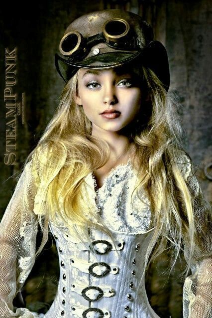 Steampunk Girls With Nice Curves  Steampunk Photography -4749