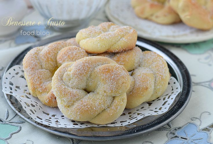 TARALLI+DOLCI+NAPOLETANI+-+ricetta+della+nonna