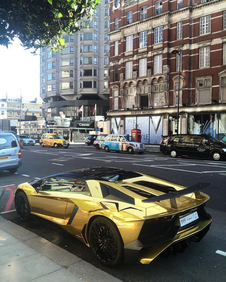 Lamborghini Aventador Super Veloce Roadster painted in Giallo Orion and wrapped in Chrome Gold Photo taken by: @horsepower_hunters on Instagram (@turkiabdullah777 on Instagram is the owner of the car)