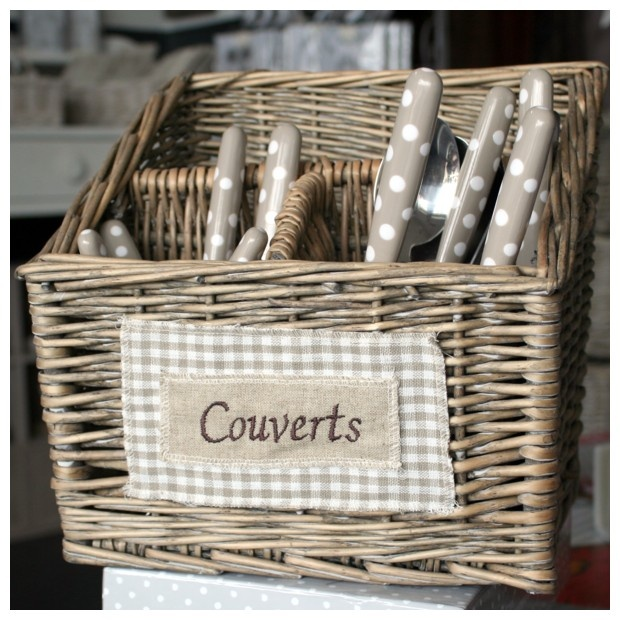 87 best joli buffet de printemps images on pinterest for Table esprit campagne
