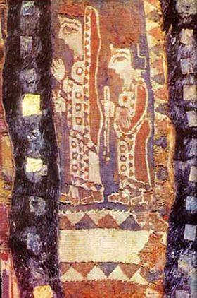 Dunque le decorazioni tessili achemenidi erano caratterizzate principalmente da motivi umani e animali, infatti, sulla bordure delle vesti ritroviamo spesso i tratti animaleschi, soprattutto, quello del leone.